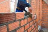 Под строительство амнистию попали 27,5 тыс. объектов самовольного строительства