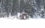 Недалеко от озера Синевир построил дом для актера Жан Рено